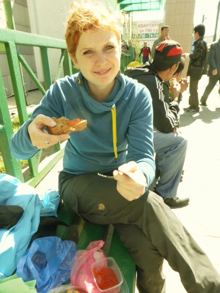 Mittagessen mit Kaviar und Vollkornbrot...yammy!