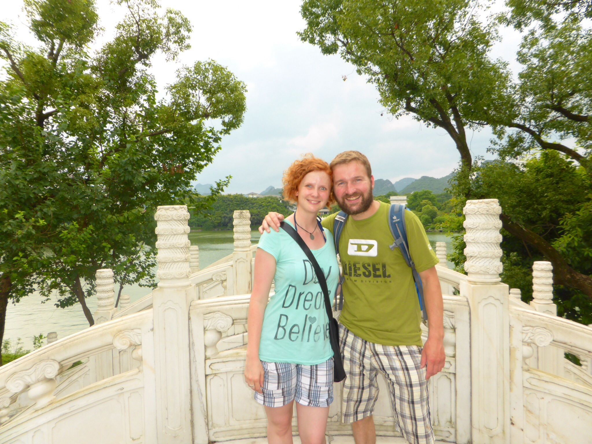 Guilin – umgeben von Wasser und Karstbergen