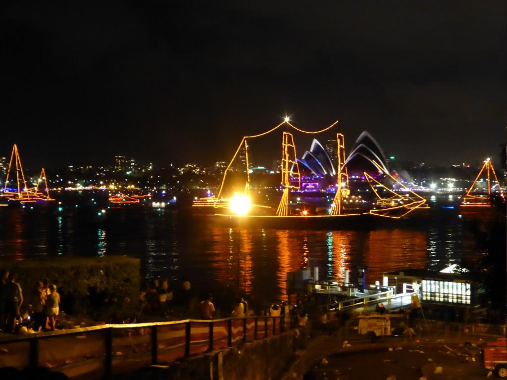 Schiffsparade nach dem grossen Feuerwerk
