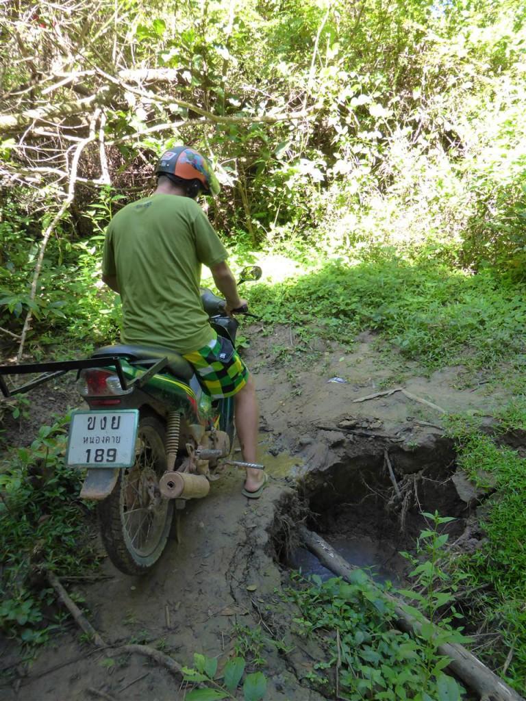 Abenteuerliche Pfade auf Don Khon