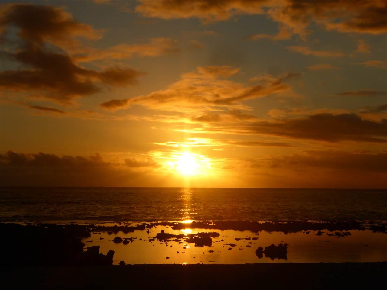 Sonnenuntergang zu Heilig Abend