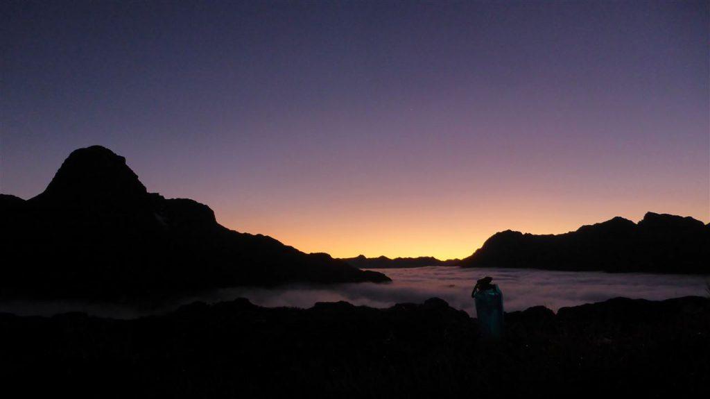 Wunderschönes Erwachen im Morgengrauen