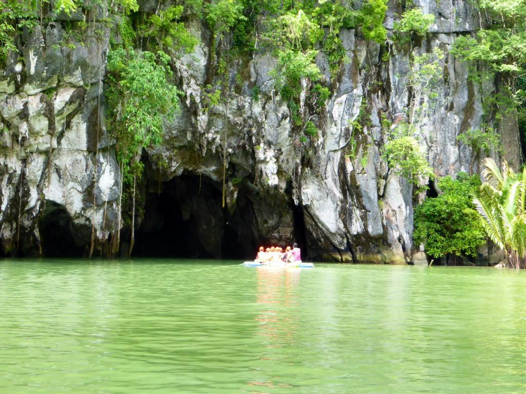 Der Eingag in den Underground River