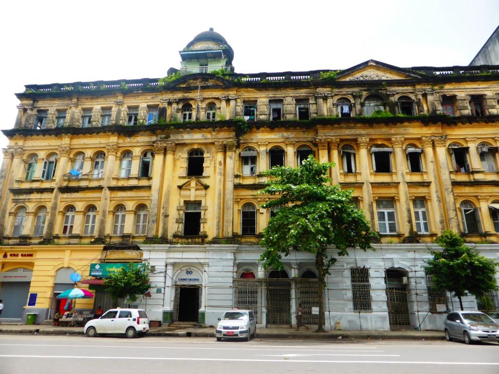 Kolonialbauten in Yangon