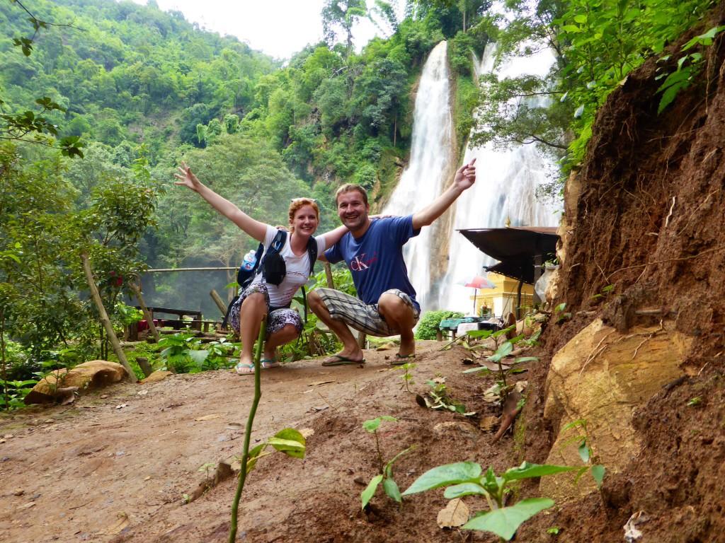 Beim Wasserfall in Pwin Oo Lyin