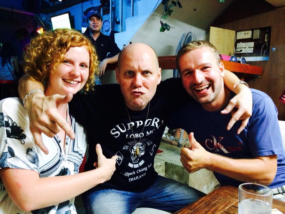 Mit dem Crazy German in seiner gleichnamigen Bar in Chiang Mai