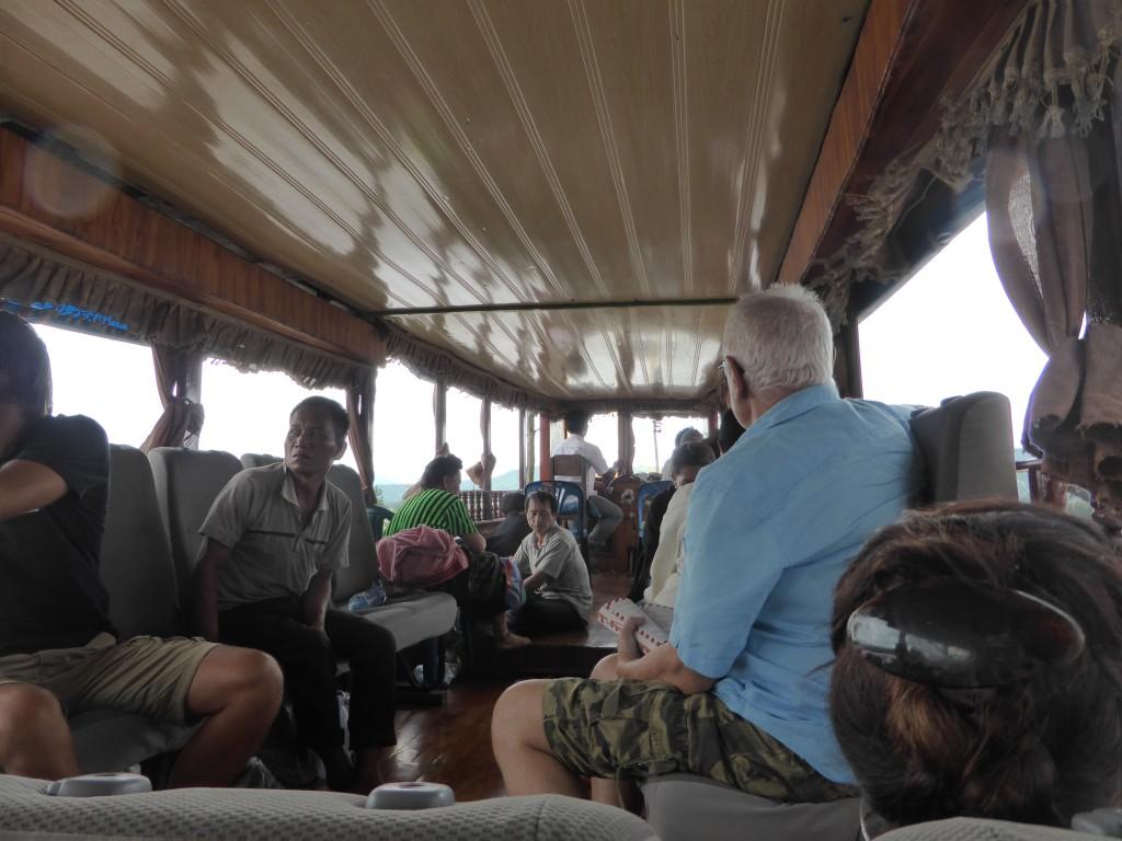 PAuf dem Boot nach Luang Prabang
