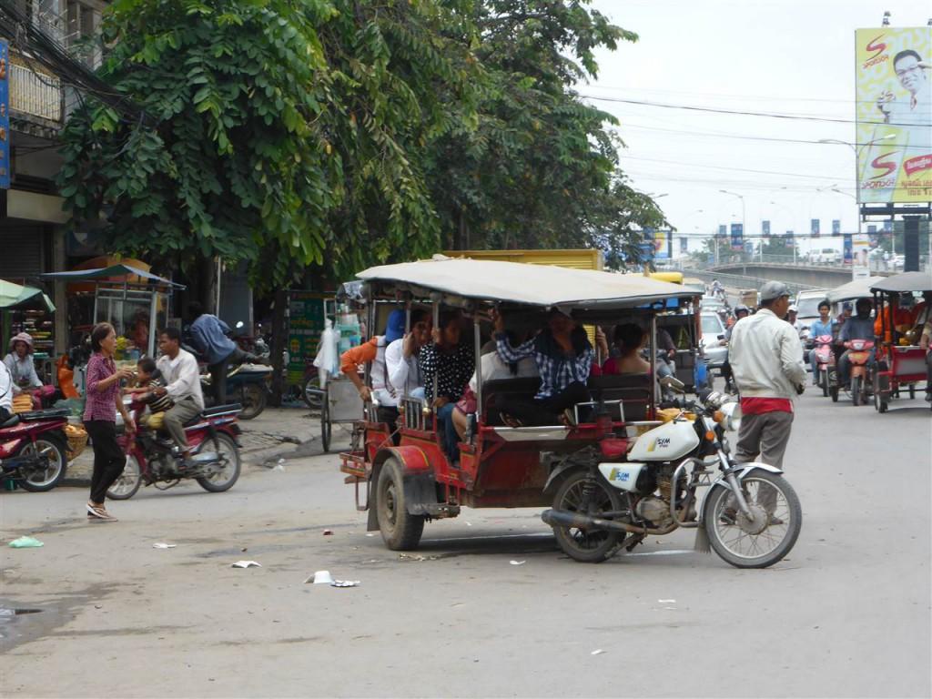Kambodschanischer Minibus :-)