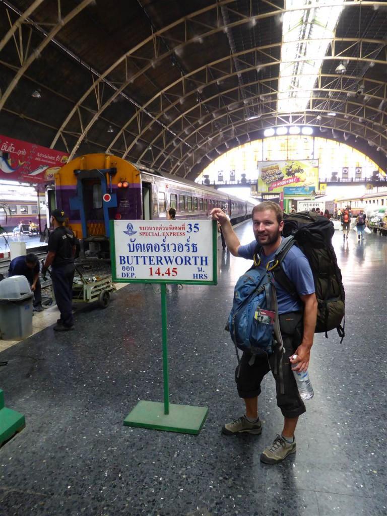 Mit dem Zug geht's weiter nach Malaysia